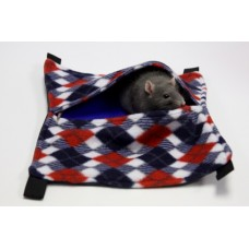 FLEECE HAMMOCK WITH POUCH